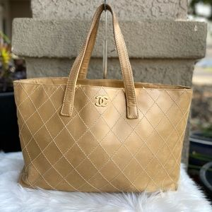 🎁Authentic Chanel caramel Shopping tote Bag 🎊